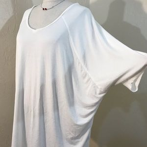 White/cream Dolman sleeve top Outback Red XL